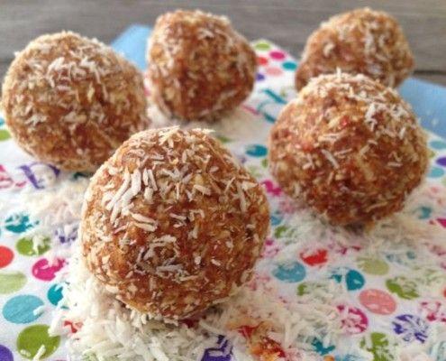Goji, Cashew Balls - Bliss !!