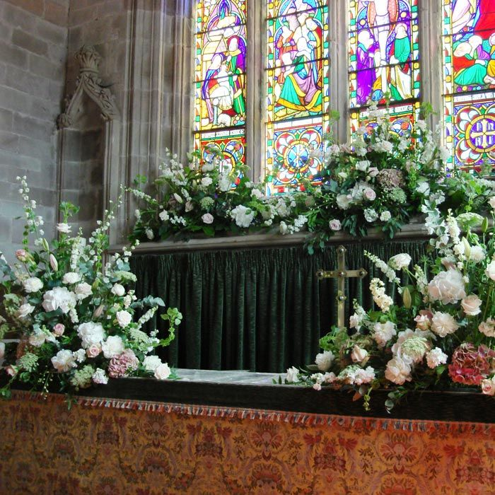 Window Wedding Altar: Flower Arrangements For Church Window Sills