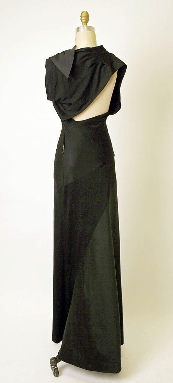 Evening dress Charles James  (American, born Great Britain, 1906–1978)  Date: 1947 Culture: American Medium: silk. Back