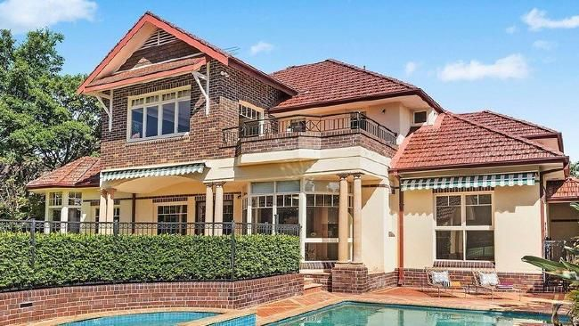 Killara mansion sells at auction for $7 million, $650,000 above reserve #auction #realestate #property #Sydney #sold
