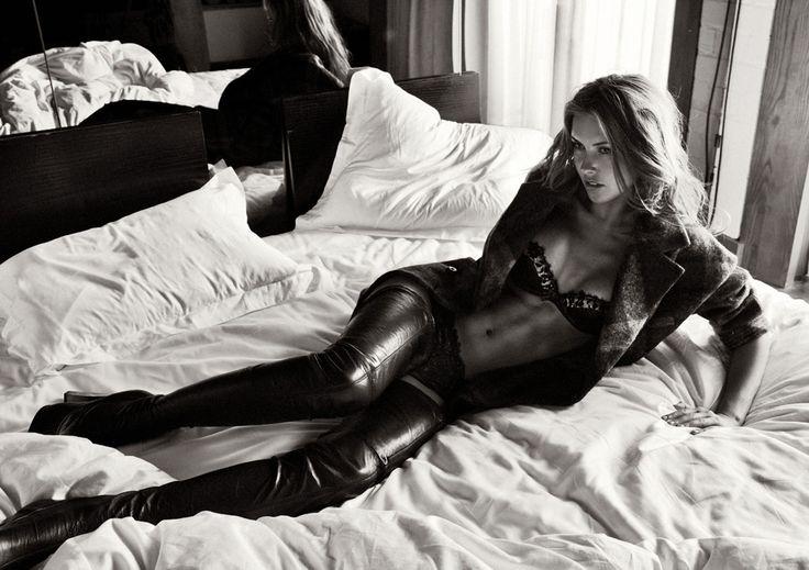 Сексуальная Одрина Пэтридж в нижнем белье
