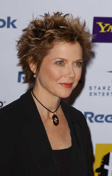 funky color of short spiky pixie | Annette Bening looks powerful in this short spiked hairstyle at the ...