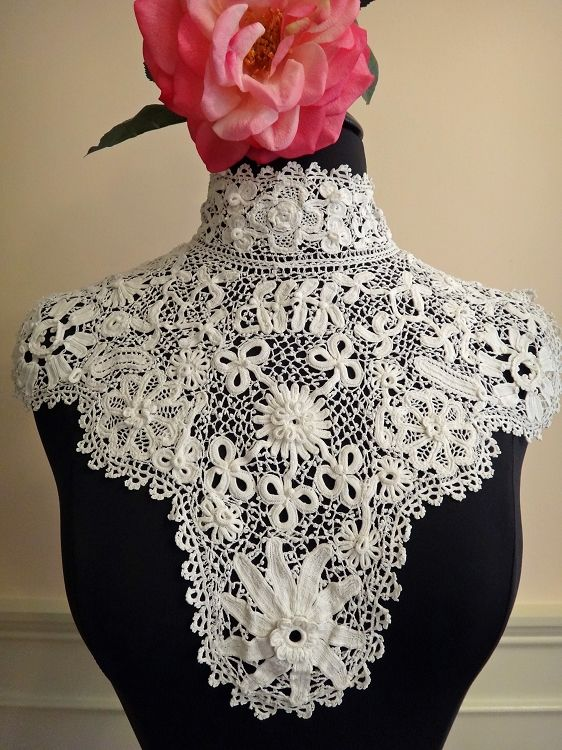 Antique Irish Hand Crocheted Dimensional Collar