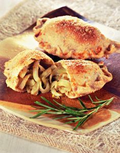 Panzerotti al rosmarino con ripieno di finocchi - Tutte le ricette dalla A alla Z - Cucina Naturale - Ricette, Menu, Diete