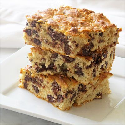 Chevre blondies with chocolate chips - if you don't like chevre ...