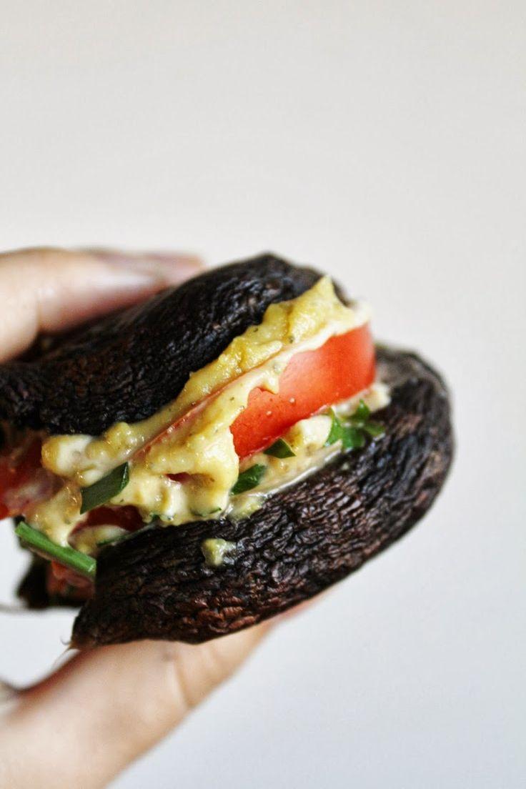 This Rawsome Vegan Life: PORTOBELLO MUSHROOM CASHEW CHEESE BURGERS