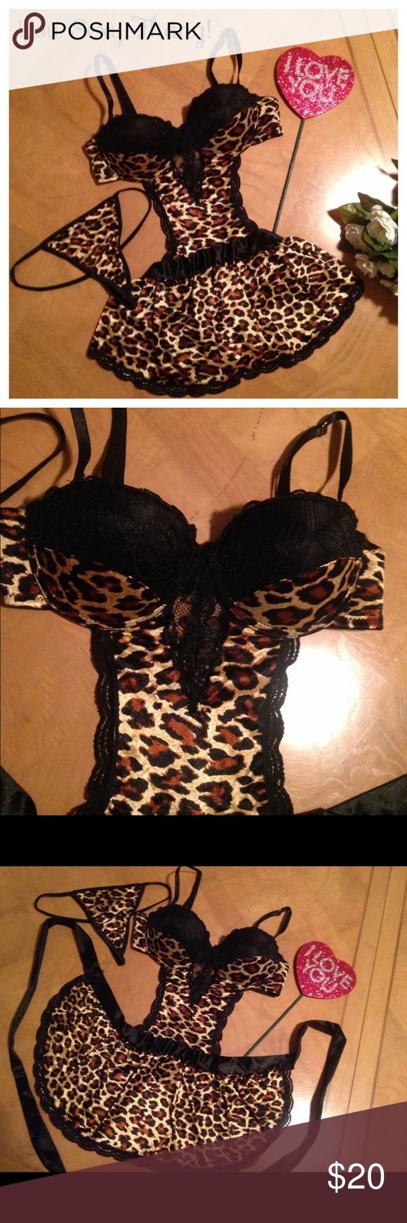 😍Super HOT🔥 Sexy Lingerie Set😍 Super-HOT🔥 Animal print with Black sexy lace & black satiny bodice/ties.😍 Underwire Push-Up for that added va-va-voom!😍 Gold hardware/adjustable straps. Super-Sexy G-String matching panties.❤️Brand New/Never worn/Never tried on! 😻NEW LISTING😻‼️ Passion Forever Intimates & Sleepwear