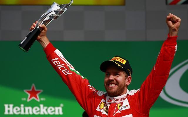 """""""Va te faire f*****"""": Vettel s'est excusé après ses insultes en plein direct à la télévision (vidéo) -                  Le quadruple champion du monde allemand de Formule 1 s'était emporté contre le directeur de la course de la FIA après le Grand Prix du Mexique, dimanche dernier.  http://si.rosselcdn.net/sites/default/files/imagecache/flowpublish_preset/2016/11/01/2070819972_B9710120884Z.1_20161101171"""