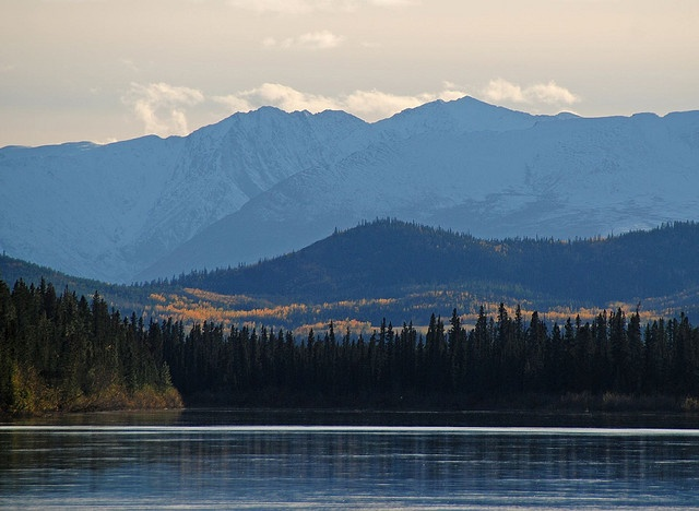 Lake LaBerge, Yukon