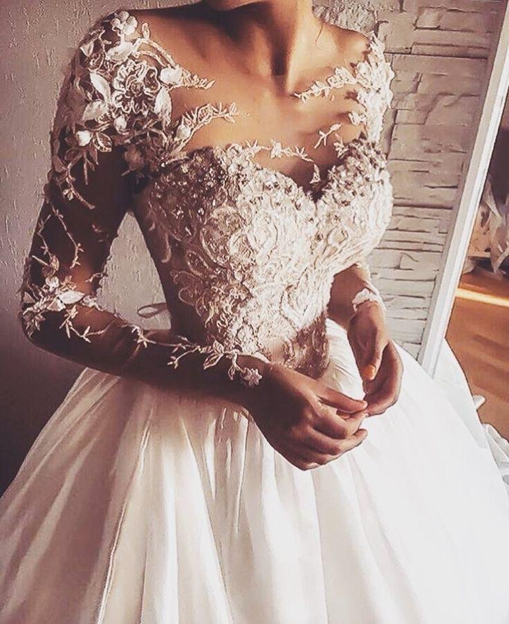 Tag a fashion maniac    Yay or nay? Tag BFF!Weddings  @weddingdresslookbook   @weddingdresslookbook   Follow @Stylish.ladiess for more  #loveheels #instashoes #instaheels #love #trendy #tall #highheelshoes #iloveheels #beauty #style #heelsaddict #chanelclassic #shoestagram #Snapchat #model #motivation #instamood #makeup #instafashion #hair #instagoodbeautiful #life #kyliejenner #kik #photoofthedayOOTD #stylish
