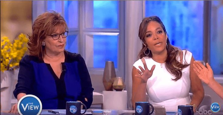 https://www.youtube.com/watch?v=afLvkGdQhoU The View co-hosts Jedediah Bila and Sunny Hostin are at odds over whether President Donald Trump should have so