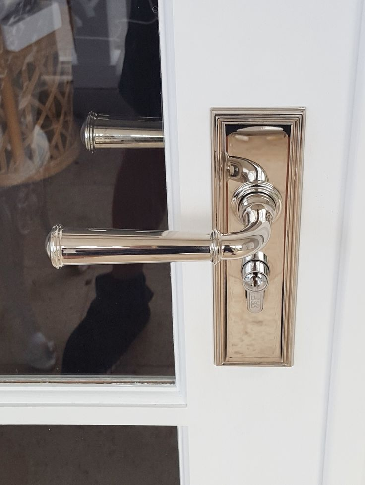 Luxury, Frank Allart - traditional levers on backplates, in polished nickel. Like mirror hardware. Supplied by @theenglishtapwarecompany and professionally installed by The Tidy Tradie - Lock Carpenter. #frankallart #frankallarthardware #doorlevers #doorhandles #architecturaldoorhardware #doorhardware #doorfurniture #luxury #theenglishtapwarecompany #lockcarpenter #lockcarpentry #lockinstaller #tidytradielockcarpenter