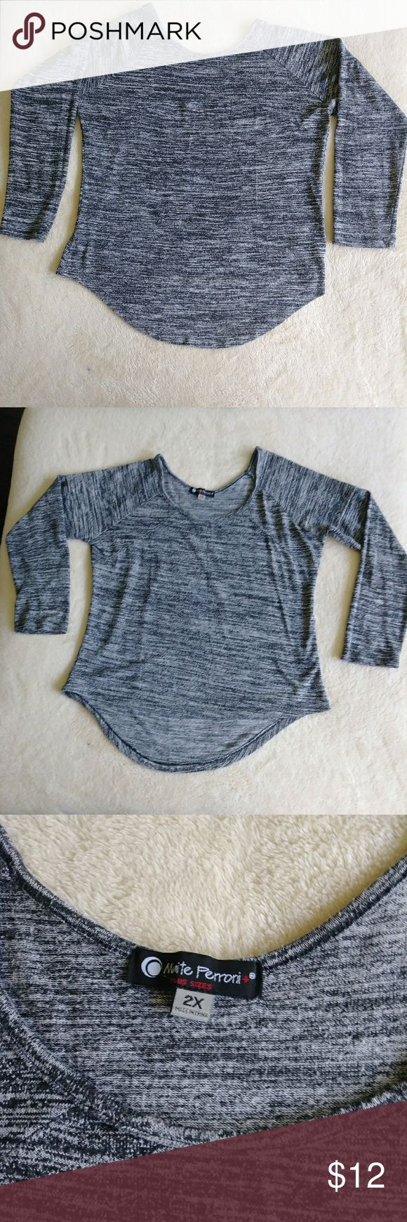 Long Sleeve Top Tee/Blouse Super Cute Long Sleeve Tee/Blouse. Used 1 or 2 times. Beyond Excellent Condition. Its says 2X but it is Not! More like a Large. Looks best when layered with a tank in the bottom. Tops Sweatshirts & Hoodies