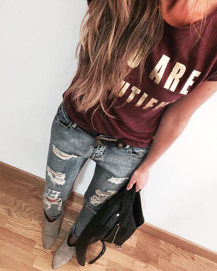"""1,810 Me gusta, 28 comentarios - Estibaliz Prieto (@__esti__) en Instagram: """" Cami @wearedeartee (new/en su página web tenéis un 10% de descuento en vuestras compras con el…"""""""