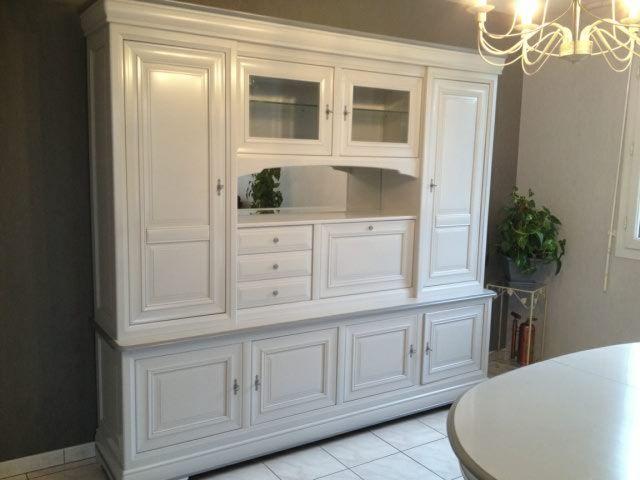 les 47 meilleures images du tableau deco louis philipe sur pinterest meuble meubles et armoires. Black Bedroom Furniture Sets. Home Design Ideas