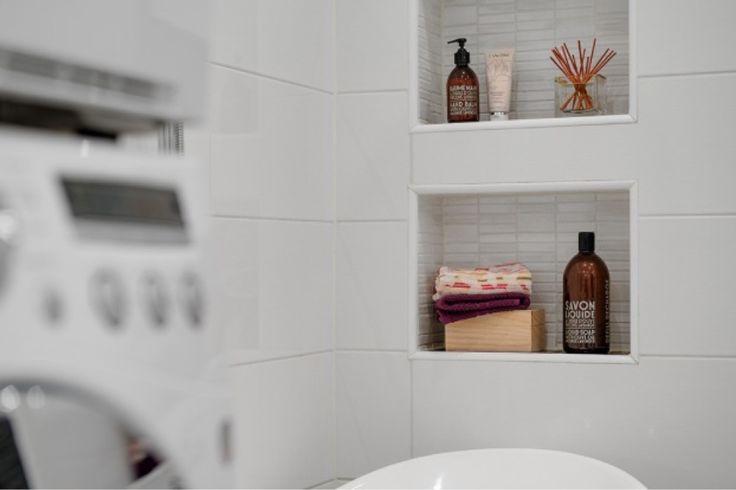 inkaklade hyllor badrum - Sök på Google