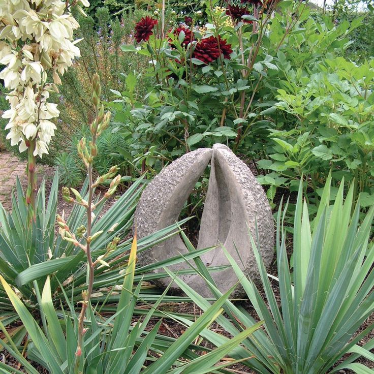 Large Stone Garden Statues Decorations for the garden. 226 best Garden Decor images on Pinterest   Garden statues  Water