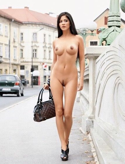 nude girls in public video