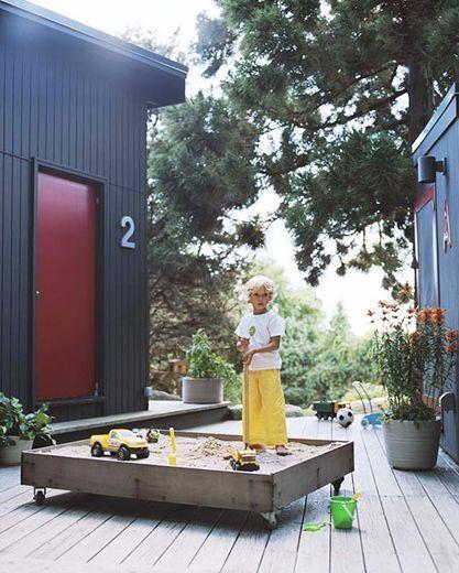 diy 10 bacs sable faire soi m me deco terrasse et jardin bac sable jardin pour. Black Bedroom Furniture Sets. Home Design Ideas