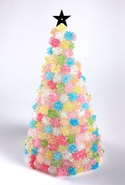 sugar candy christmas tree 2010 by kobunecraft, via Flickr