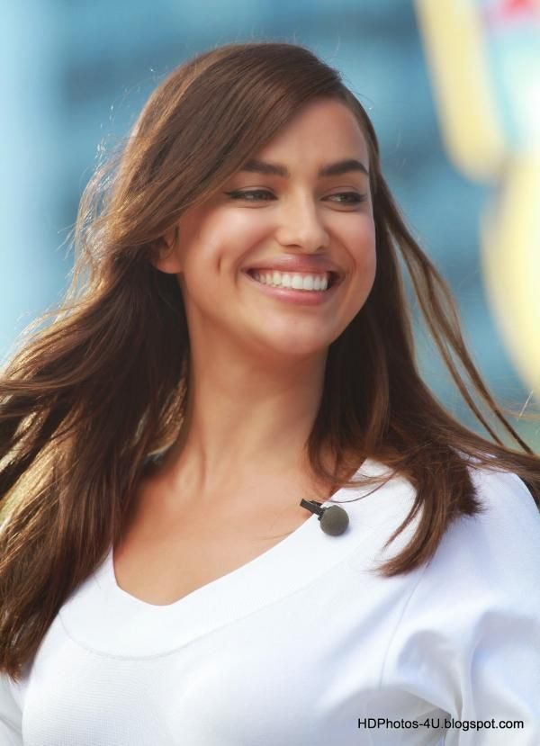 Fantastic HD Photos of Cristiano Ronaldo's girlfriend Irina Shayk