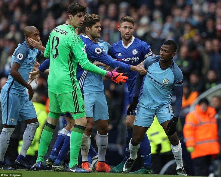 Marocs Alonso grabs Kelechi Iheanacho by the arm to try and calm the situation as Gary Cahill and Thibaut Courtois look on