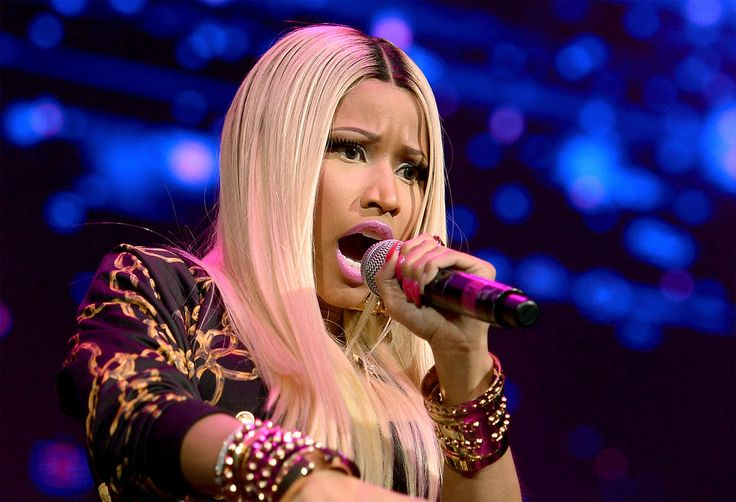 Nicki Minaj Pushes 'Anaconda' Release Date, Shares Revealing Pic