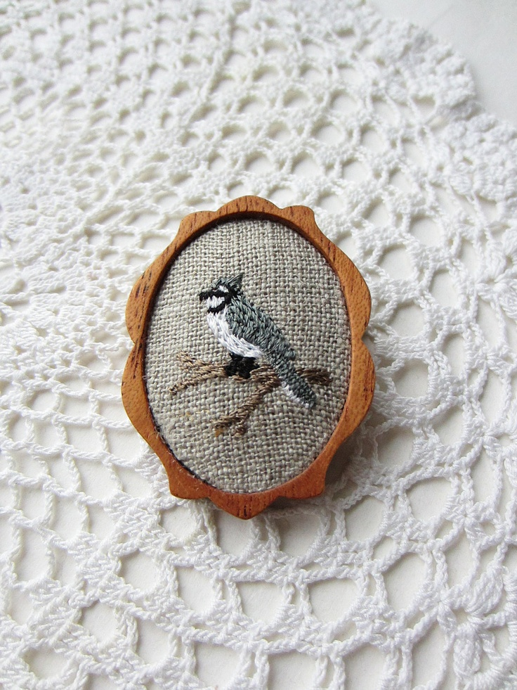 wooden brooch grey bird embroidery pin