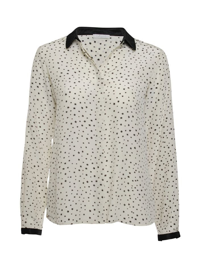 This starprinted silk shirt by iHeart looks great with slim pants, jeans, a miniskirt -anything! The black collar gives just enough edge to any occasion! Available online: http://www.sofinah.fi/product/299/shirt-franka-blackstar