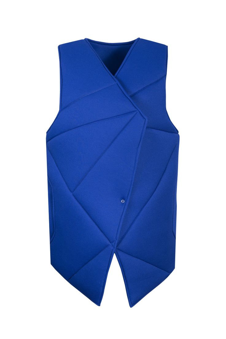 Jarosław Ewert, jarosław e w e r t classic, aw2015, blue vest (geometric). To download high or low resolution product images view Mondrianista.com (editorial use only).
