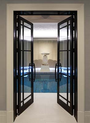 www.bronzecasements.com Pair of internal doors with bronze margin detail housing individual double glazed units.