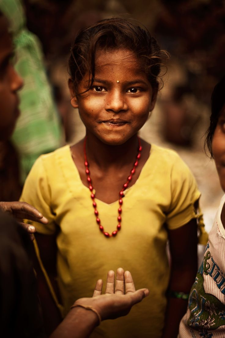 Indian little girl who works in the mines. #humanrights