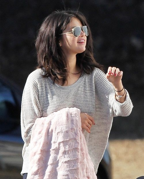 Selena Gomez, Orlando Bloom Hooking Up: Wants To Be Actor's Girlfriend Or Just Trying To Make Justin Bieber Jealous?