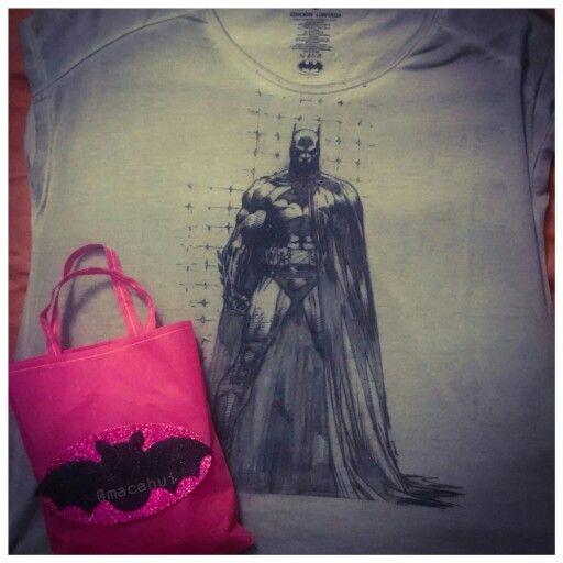 Pues el sábado fui a una piñata y hasta bolsita me toco  #Tshirt #MascaraDeLatex #HechoEnMexico #Batman #DCComics #Comics #DC