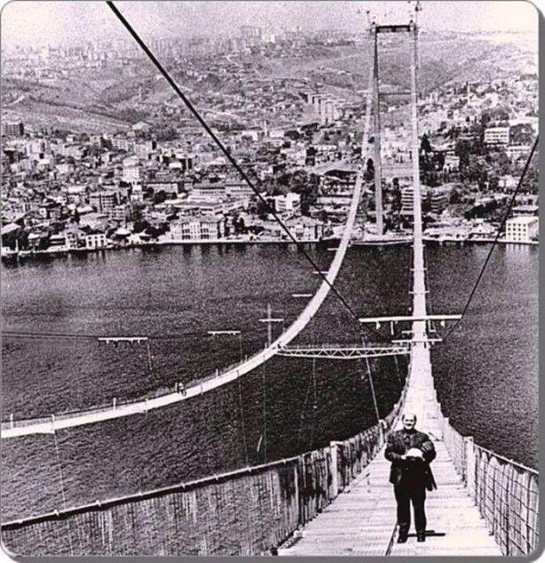 Boğaziçi köprüi inşaatı 1973