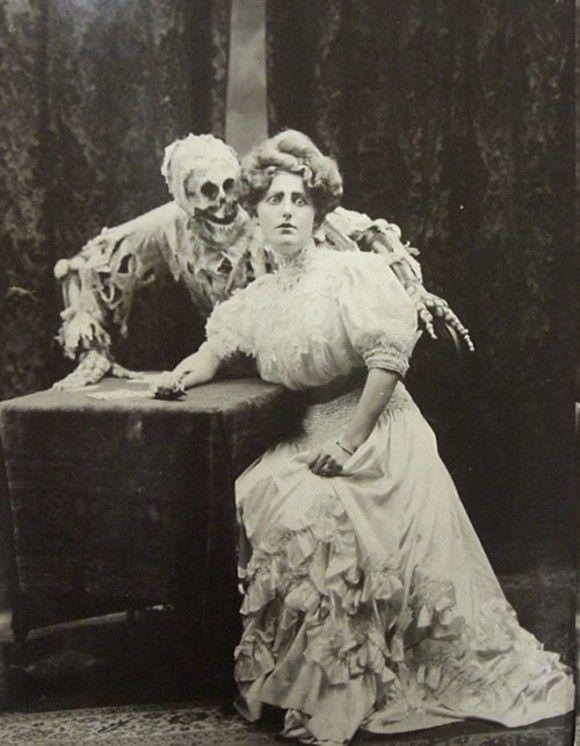 creepy scary weird old photo photos photographs