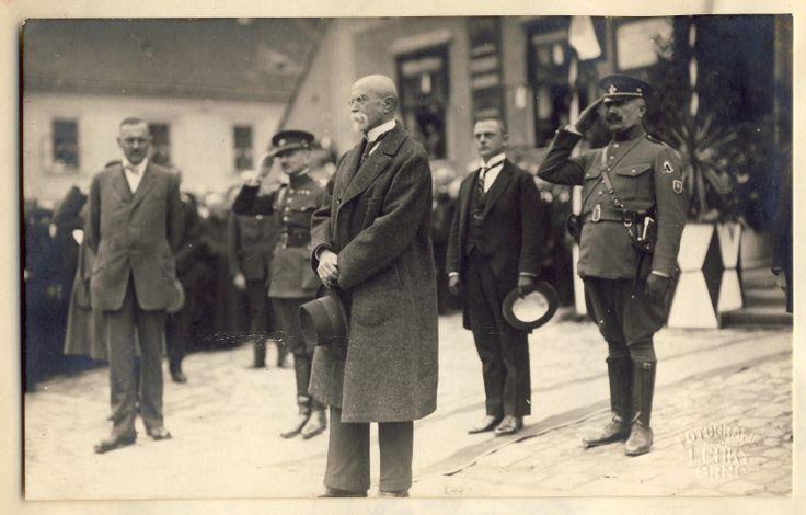 1931_prezident_masaryk_ve_slavkove_(01).jpg (3335×2134)