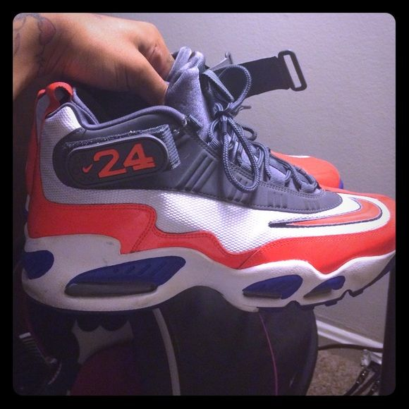 Ken Griffey jr size 10.5 9/10 condition blue orange grey(Knicks Colors) Nike Shoes