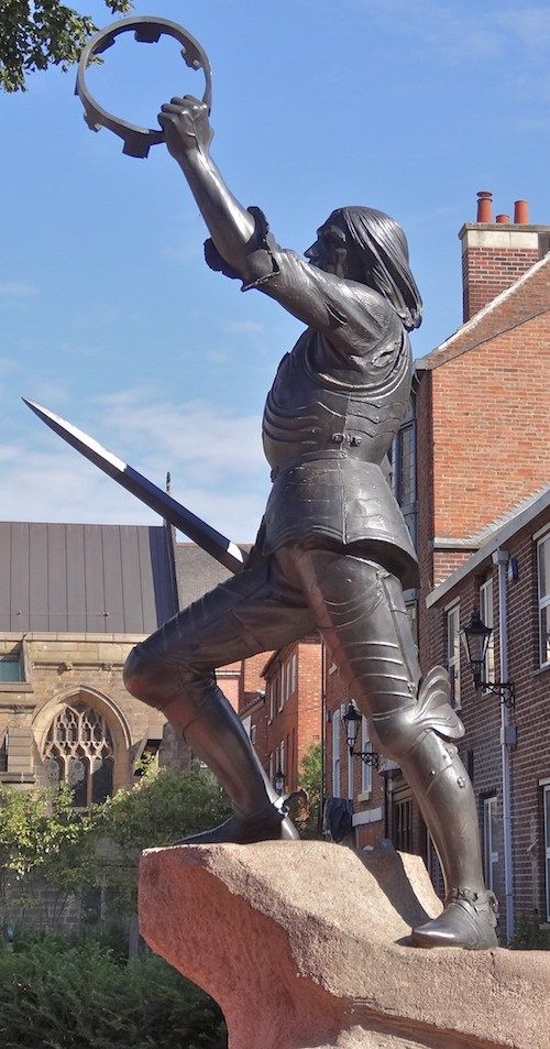 On 22 August 1485 the War of the Roses reached a bloody climax at Bosworth Field. Here, Richard III, England's most controversial king, defended his crown against the Lancastrian champion, He…
