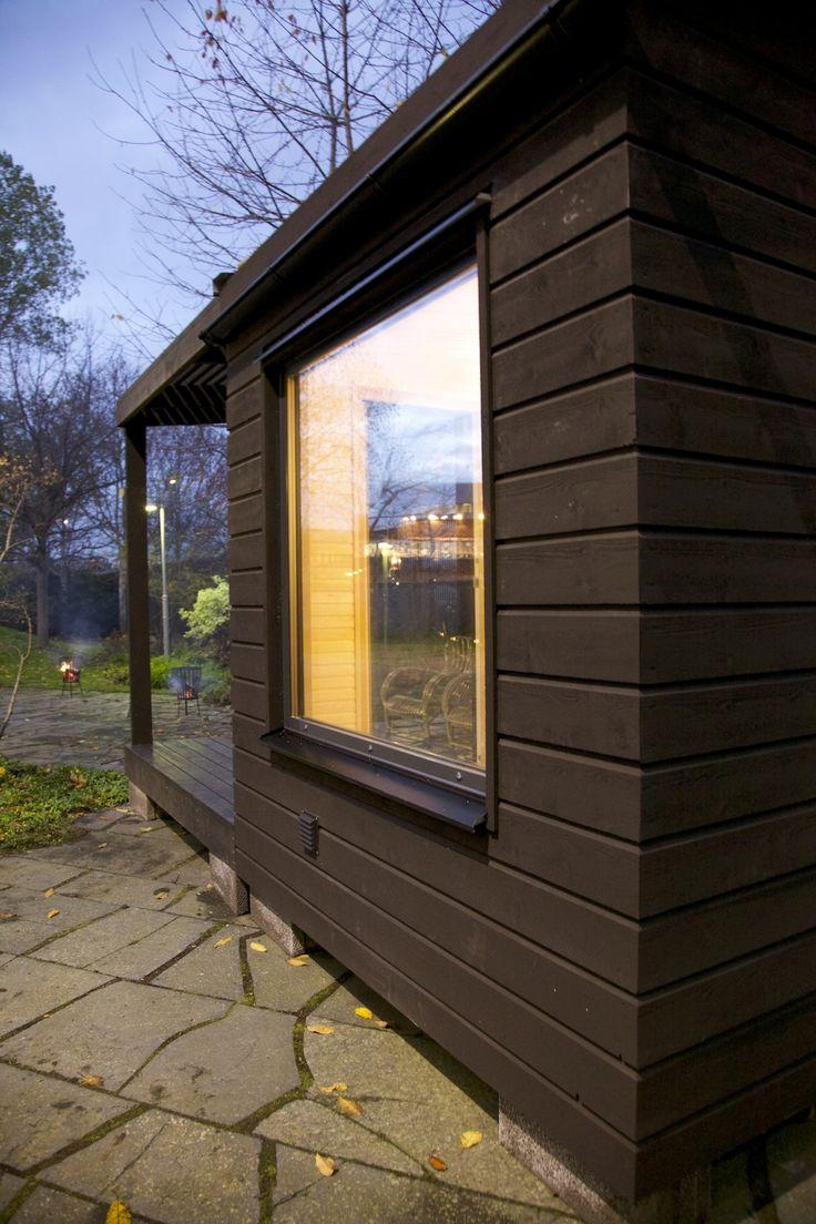 Exterior of Arjan Modern Small Sauna.