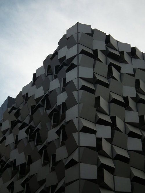 http://hovercraftdoggy.com/2013/02/07/we-put-on-a-facade/