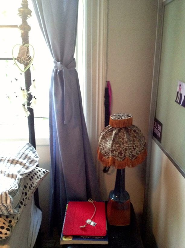 Love my old bed and retro lamp !! <3