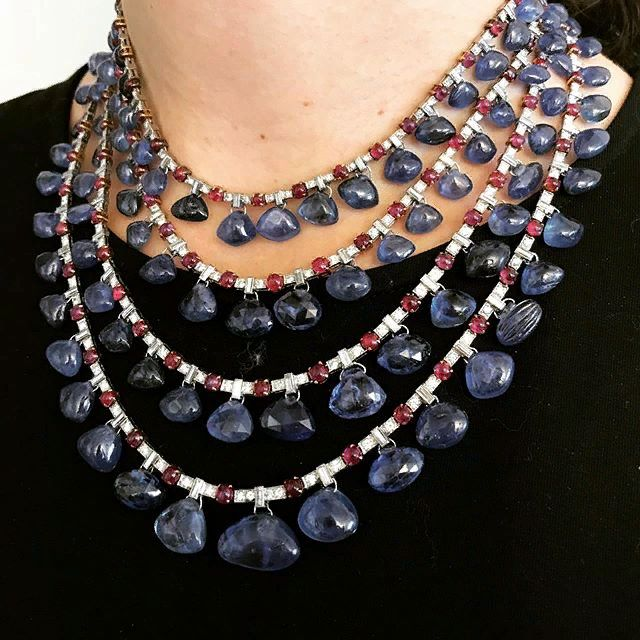 Breathtaking Bulgari! This incredible sapphire, ru…