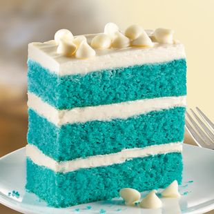 Blue Velvet Napoleon : would be awesome for the 4th of July if you dyed the frosting red and used white chocolate chips on top! Yum!