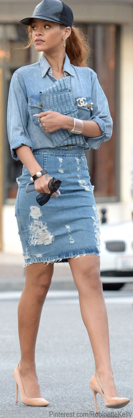 Street Style | Rhianna only she can pull all-denim off.