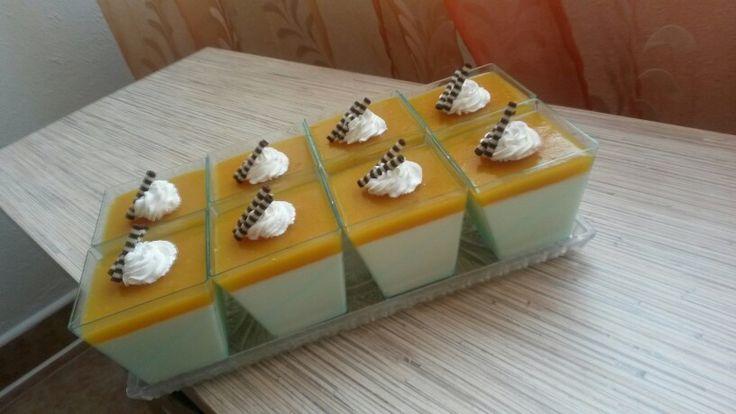 Panna cotta mango pina colada