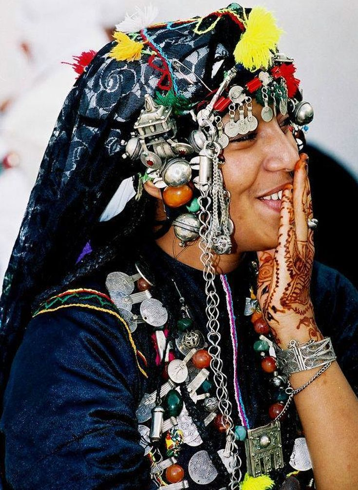 Tissint woman wearing traditional jewelery - Southern Morocco