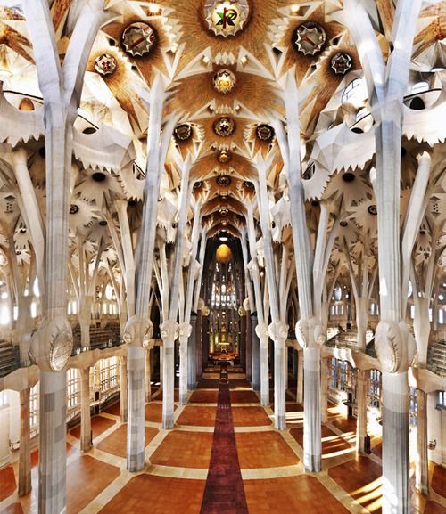 Gaudi architecture enchantment pinterest for Architecture gaudi