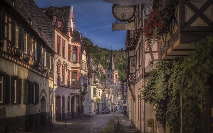Oberstrasse - The street Oberstrasse in Bacharach, Germany.