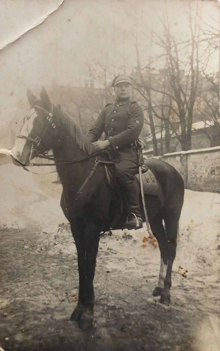 Jan Rajs - kawalerzysta we Lwowie (oryginał). Zdjęcia użyczył nam Władysław Rajs.